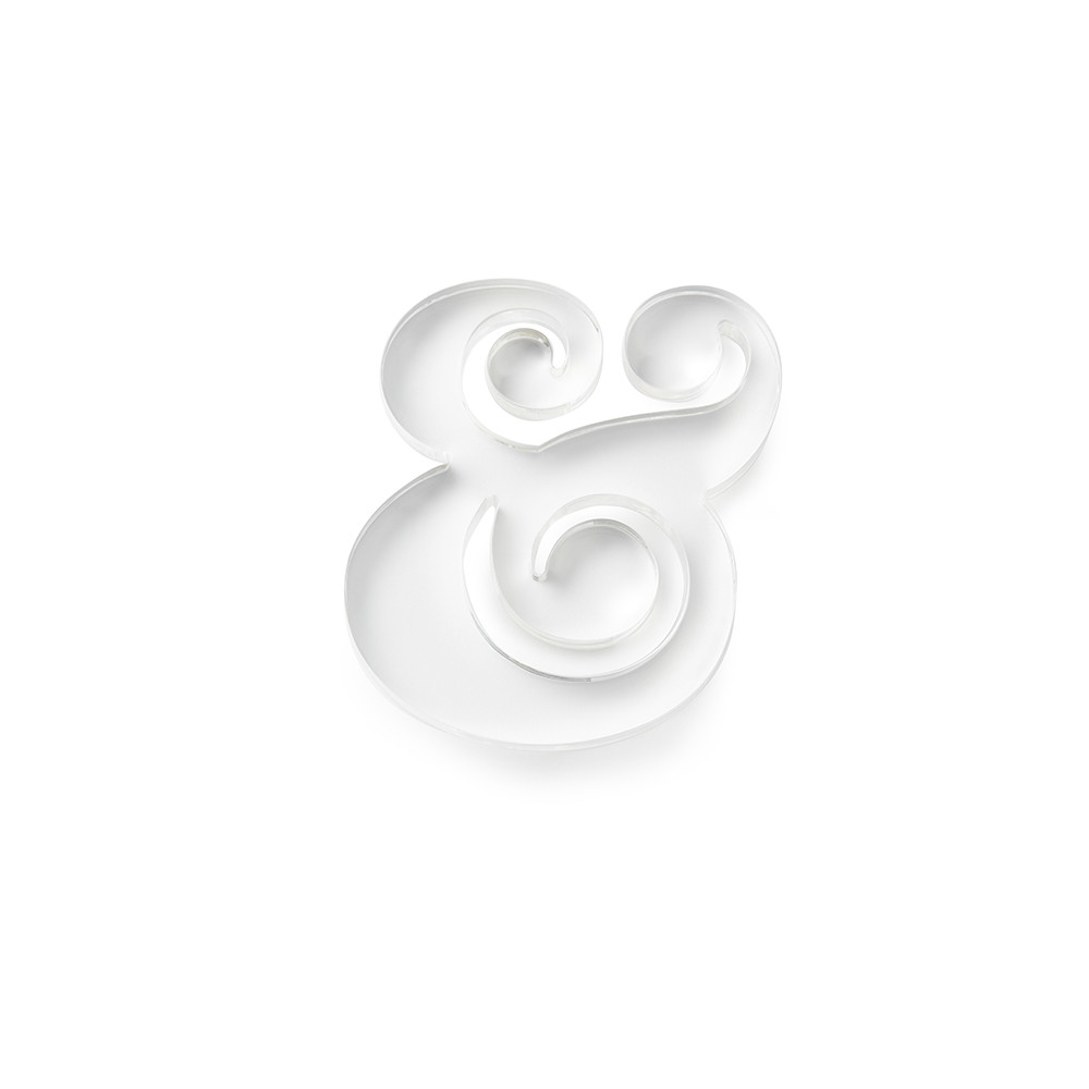 paperweight ampersand